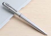 UV-tintás toll lámpával láthatatlan íráshoz
